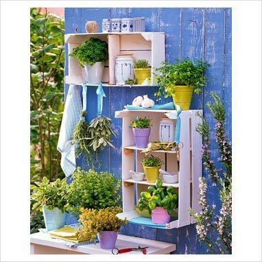 Fai da te e riciclo creativo per il tuo giardino for Riciclo bancali legno