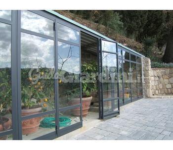 struttura in ferro e vetro