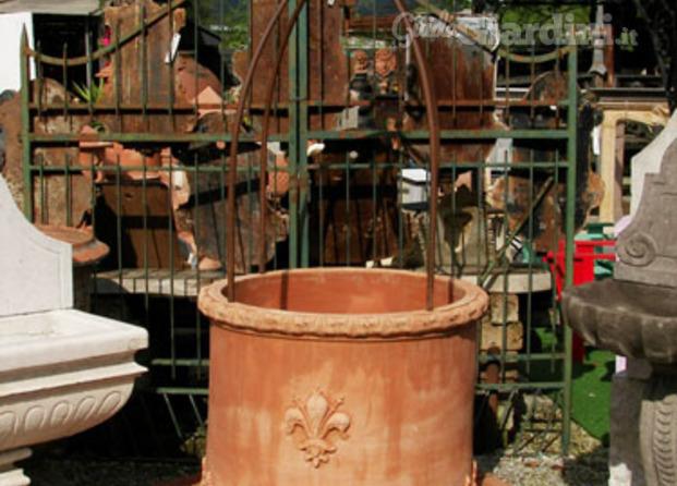 Mobili da giardino Lucca - GuidaGiardini.it