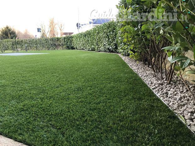 Giardini in erba sintetica guidagiardini