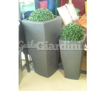 Vasi di plastica for Vasi in plastica grandi